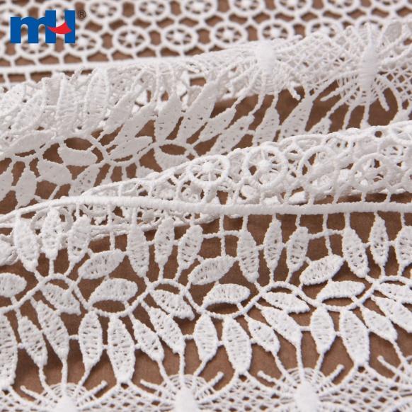 платье кружевной ткани