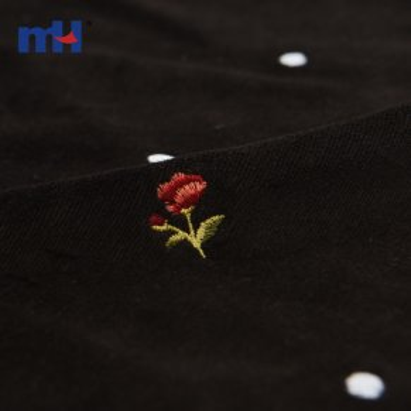 цветочная вышитая ткань