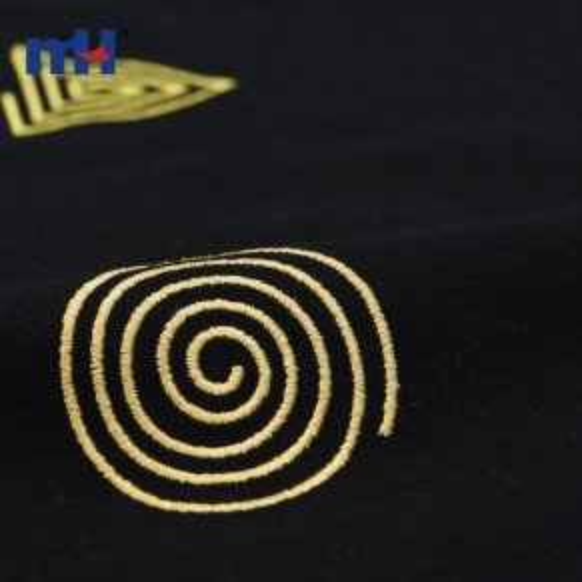 Геометрическая вышитая ткань