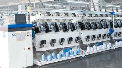 40-2-5000yds-100-spun-polyester-sewing-thread-white-black